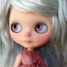 RÉSERVÉE à une poupée Blythe OOAK Gina par par SharonAvitalDolls