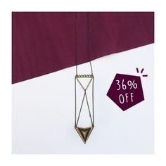 Oba, todos os acessórios têm frete grátis no site para todo o país, e alguns selecionados ainda estão com super desconto como esse de triângulo ❤️ Corram e aproveitem!  #fashion #moda #love #accessories #acessorios #shoponline  Compre via whatsapp: (31) 97543-8003 (31) 99374-4733  #lojabySiS  www.lojabysis.com.br