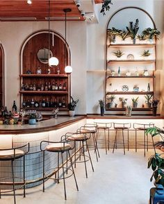 Bar Design Guide on Restaurant Scampi . New York, United States . Restaurant Design, Decoration Restaurant, Architecture Restaurant, Restaurant Counter, Restaurant Interiors, Italian Restaurant Decor, Cafe Interiors, Pub Decor, Restaurant Seating