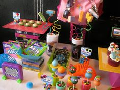 party, to heck with the kids.I'll have this party for myself.) you could crazy with this theme. 80s Birthday Parties, 80th Birthday, Birthday Party Themes, Birthday Ideas, Prince Birthday, Disco Party, Prom Party, 80s Party Decorations, Decade Party