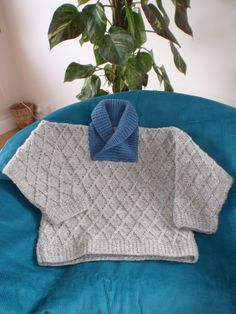 Here's our lovely easy to knit jumper made with Irish Grey Native Wool with a soft pure merino collar in various colours. Three children's sizes, complete with easy to read pattern, instruction videos, needles and wool.