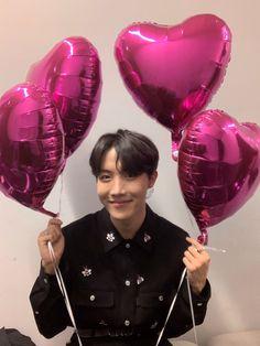 Hoseok bts // J-Hope Gwangju, Namjoon, Seokjin, Jimin, Bts Bangtan Boy, Bts Taehyung, K Pop, Jung Hoseok, J Hope Twitter