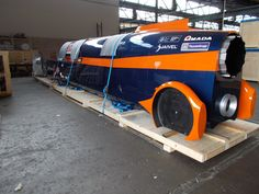 Pallet base for transporting Bloodhound SCC full size replica vehicle to USA. Manufatured by Bampton Packaging Ltd. For more information on the packaging solutions we can offer here at Bamptons please call our sales office on 0115 9868601 or email enquiries@bamtponpackaging.co.uk