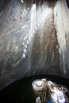 Salina Turda, ROM Amazing Architecture, Romania, Places To See, Survival, Country Life, Steampunk, Collage, Industrial, Beautiful