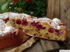 Juicy sponge cake with cherries - from my cake and gate Berry Smoothie Recipe, Easy Smoothie Recipes, Easy Smoothies, Good Healthy Recipes, Homemade Frappuccino, Grilled Fruit, Donia, Gateaux Cake, Cake Blog