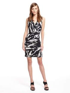 Lennox Print V-Neck Dress With All Over Ruching And Ponte Back