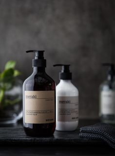We recommend use at least once daily in your shower or tub; Skincare Packaging, Cosmetic Packaging, Brand Packaging, Packaging Design, Beauty Photography, Product Photography, Photography Ideas, Creative Photography, Apothecary Decor