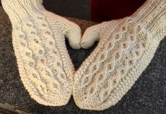 Knitted Gloves, Mittens, Knitting, Crochet, Diy, Fashion, Crochet Hooks, Do It Yourself, Moda