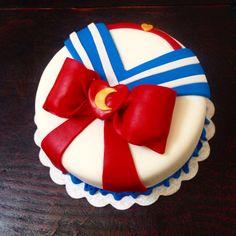 Sailor Moon Cake                                                       …