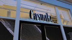 Lumifoam piepschuim letters in combinatie met acrylaat letters op het raam Neon Signs, Logos, Logo