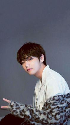Bts Taehyung, Taehyung Photoshoot, Bts Bangtan Boy, Bts Boys, Jhope, Daegu, Foto Bts, Bts Photo, Bts Lockscreen