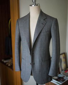 Summer plaid single breasted suit  ㆍ ㆍ #bntailor #bespoke #handmade #Korea #Corea #Seoul #Menswear #summersuit #bespokesuit