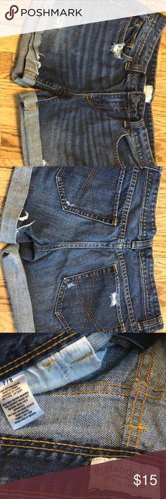 Aeropostale Shorts size 7/8 Aeropostale women's shorts size 7/8 Aeropostale Shorts Jean Shorts