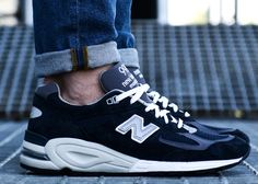 New Balance M990NV2 Navy #sneakers #sneakernews