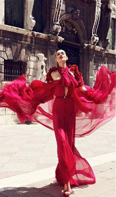 red Gucci dresses love the pose sooooooo pretty Repin & Follow my pins for a FOLLOWBACK!