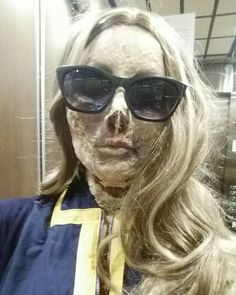 Maybe she's born with it. Maybe it's Vault-Tec. #cosplay #fallout #ghoul