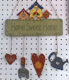 IMfromIM.it - Imperia, una provincia tutta da vivere Country Wreaths, Country Crafts, Country Art, Country Decor, Pintura Country, Tole Painting, Painting On Wood, Diy Home Crafts, Wood Crafts