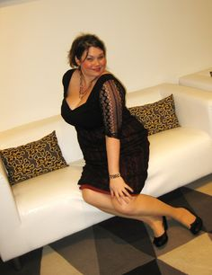 Amber from the blog Style Plus Curves is wearing the Burlesque Lace Dress.