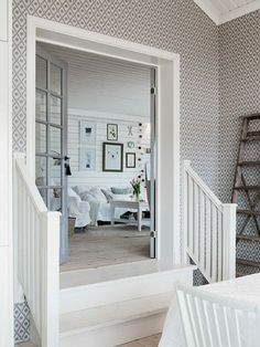 White Stairs, Home And Living, Living Room, Scandinavian Interior, House Rooms, Home Fashion, Decoration, Farmhouse Style, Beautiful Homes