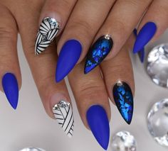 In seek out some nail designs and ideas for the nails? Listed here is our list of 25 must-try coffin acrylic nails for trendy women. Fabulous Nails, Gorgeous Nails, Fancy Nails, Trendy Nails, Blue Stiletto Nails, Blue Nail Designs, Manicure E Pedicure, Pedicures, Hot Nails