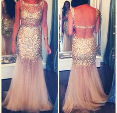 Love the sparkly prom dress!!