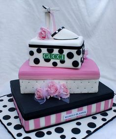 Box of shoe Cake http://naldzgraphics.net/inspirations/cake-art-design-collection/#