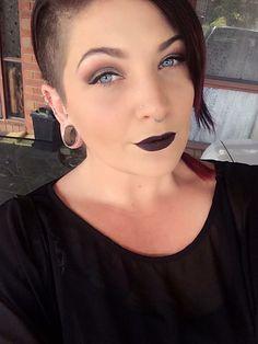Airbrushing make up