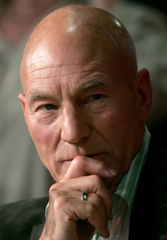 British actor Sir Patrick Stewart has a long career as a film, stage and television actor. Tv Actors, Actors & Actresses, Patrick Stewart, British Actors, American Actors, Cinema, Raining Men, Hollywood Actor, Shraddha Kapoor