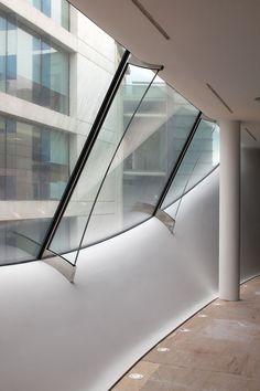 10 Hills Place   London, England   Amanda Levete Architects   photo by Günter Richard Wett