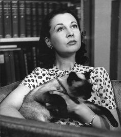 Vivien Leigh, the unforgettable star and Academy Award winner for best actress in both Gone with the Wind and A Street Car Named Desire, loved cats.