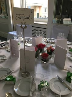 The table placements