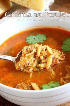 Chorba facile au poulet | Cuisinez avec Djouza Healthy Soup, Healthy Drinks, Healthy Dinner Recipes, Soup Recipes, Plats Ramadan, Netherlands Food, Clean Eating Soup, Algerian Recipes, Food Crush