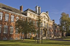 The University of Northampton is a higher education establishment based in Northampton, which offers students undergraduate and postgraduate courses and university degrees. Campus University, University Degree, Mortal Engines, Higher Education, Landscaping, Engineering, British, Mansions, House Styles