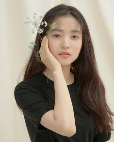 약간 몽환적인 느낌의 김태리 화보 Korean Celebrities, Beautiful Celebrities, Beautiful People, Celebs, Korean Photo, Fine Girls, Muse Art, Ulzzang Fashion, Korean Actresses