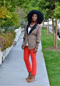 Sweater + Polka Dot Shirt + Boyfriend Jeans | Style Pantry
