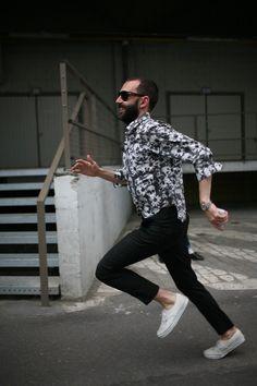 They Are Wearing: Paris Men's Fashion Week Spring 2014 Fashion Week Hommes, Mens Fashion Week, Fashion News, Men's Fashion, Men Street, Spring 2014, All Black, Normcore, Menswear