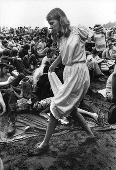 This Day in History: Aug 15, 1969: The Woodstock festival opens in Bethel, New York: