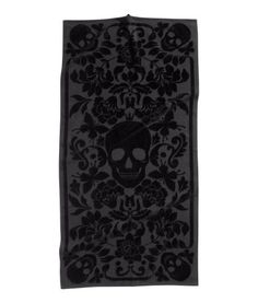 Your Dark Palace: Jacquard-Weave Bath Towel in Skull Print from HM Home