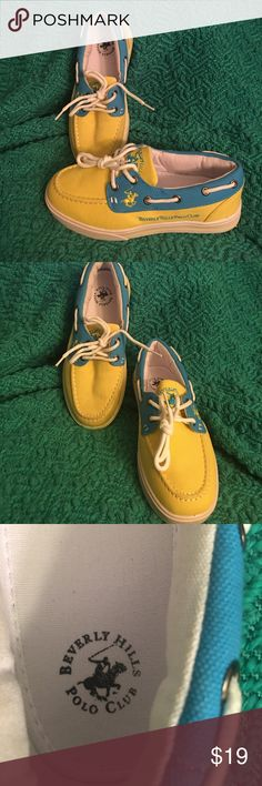 Pair like new Beverly Hill Polo Club child Size 31/2 child deck shoe by Polo Club Beverly Hills Polo Club Shoes Sneakers