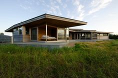 Bluff House by Maryann Thompson Architects
