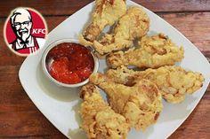 Ayam goreng KFC begitu sedap dan rangup luarnya. Ini memberikan kenikmatan tersendiri bagi setiap mulut yang menggigitnya. Tapi taukah anda, untuk menikmati ayam Kentaki tidak perlu membelinya di gerai resmi KFC, kini anda sendiri pun bisa membuatnya sendiri di rumah. Inilah resep ayam KFC seperti aslinya