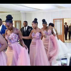 Gorgeous Bridesmaid Dresses For A Perfect Look In SA African Bridesmaid Dresses, African Wedding Attire, African Lace Dresses, Wedding Bridesmaid Dresses, African Fashion Dresses, Dream Wedding Dresses, African Weddings, Wedding Hijab, Nigerian Weddings