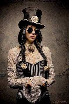 Steampunk Alice in Wonderland by Alice-Corsets
