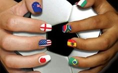 Nail art dedicate ai mondiali in Brasile 2014 #nailart #unghie #mondialicalcio2014