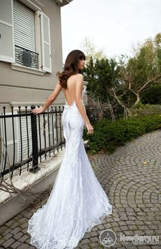 Elegant Bling 2014 Newest Sheer Spaghetti Cheap Beach Spring Wedding Dresses With Lace Tulle Vestidos Bridal Dress Backless Ball Gowns Sexy
