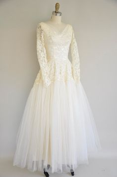 vintage 1950s wedding dress / 50s whimsical by simplicityisbliss