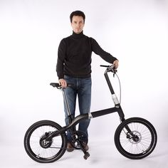 frederic boonen develops aluminum hinged, folding carbon fiber city bicycle
