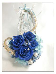 【プリザーブドフラワー/ガラスの靴リングピロー】深い深い青い薔薇が心に秘めたひそやかな想いにふんわりリボンを添えて【リボンラッピング付き】