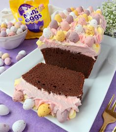 Recipe for a Mini Egg Chocolate Loaf Cake, decorated with pretty pastel coloured vanilla buttercream and mini eggs, perfect for Easter! Chocolate Easter Cake, Chocolate Loaf Cake, Chocolate Sponge, Mini Eggs Cake, Egg Cake, Mini Loaf Cakes, Cake Storage, Baking Recipes, Dessert Recipes