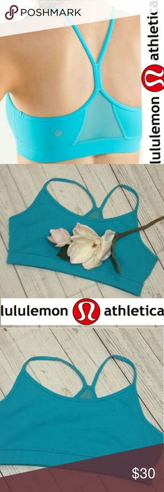 🌸Lululemon🌸Flow Y bra Lululemon flow Y bra. Spry blue. Slit for inserts. I can include pads but you must let me know. Excellent condition! lululemon athletica Intimates & Sleepwear Bras